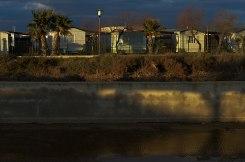 Camping bleu marine. Serignan plages. ©Daniel Mielniczek